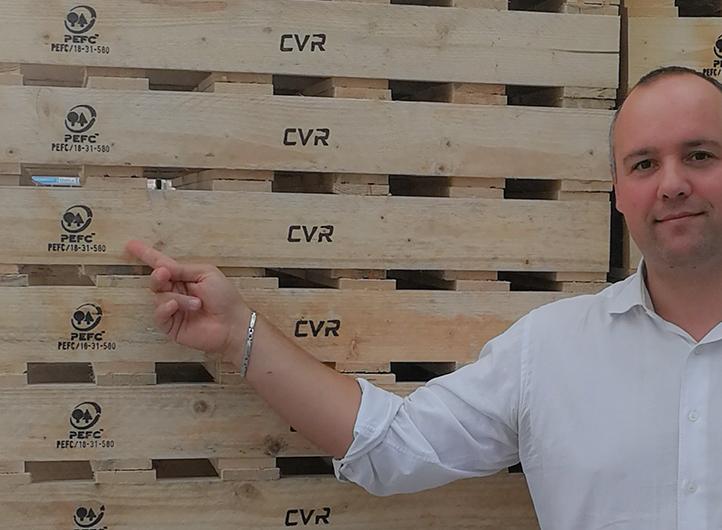 Utilizziamo pianali con legno certificato PEFC